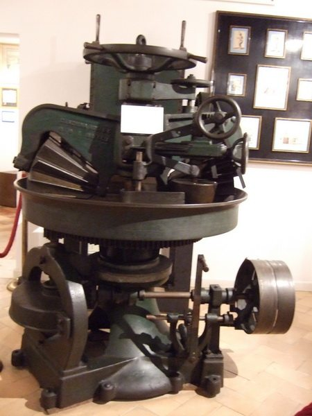 presse verticale motorisée