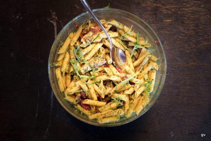 salade de pâtes méditerranéenne